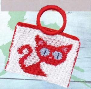 Детская вязаная сумочка крючком с кошкой