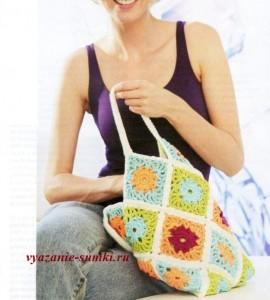 летняя вязаная сумочка крючком из цветочных мотивов