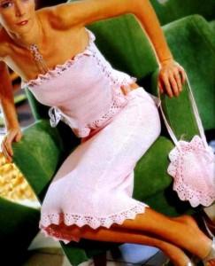 летняя вязаная юбка, топ и круглая сумочка