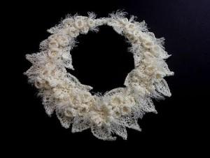 ожерелье в технике фриформ