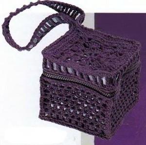 вечерняя вязаная сумка крючком ажурный кубик
