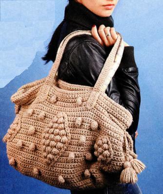 вязаная сумка крючком с шишечками как у Джоли